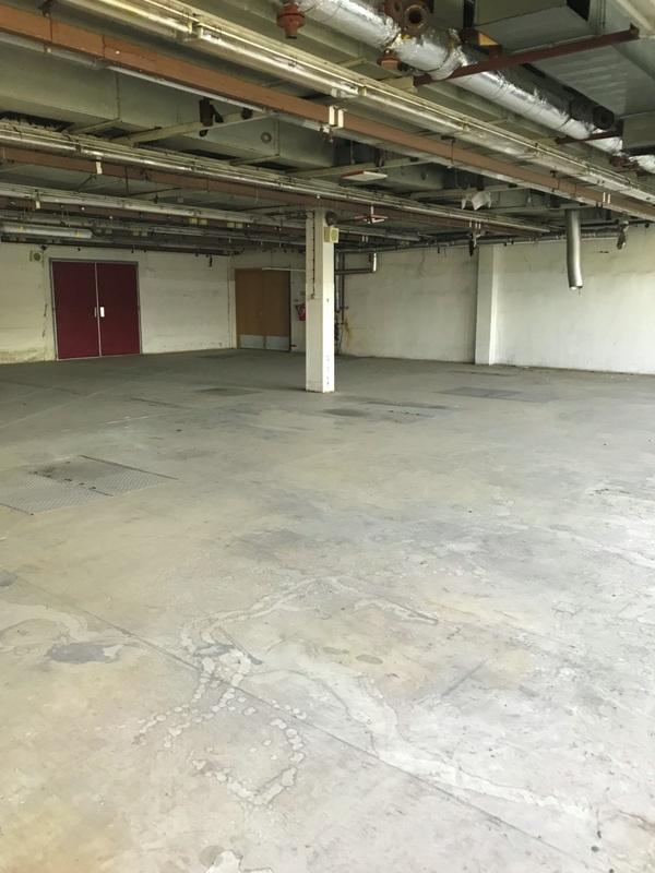 Sklad v přízemí (890 m2)